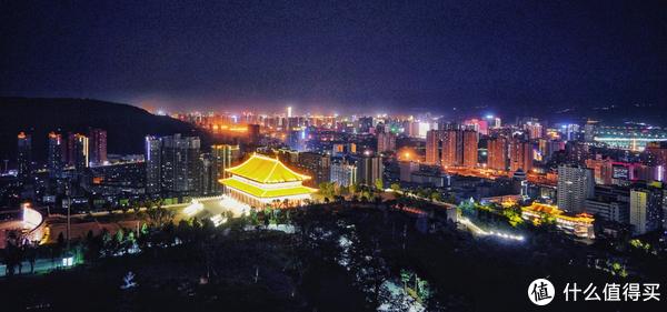 金色大殿是张三丰待过的金台观主体建筑