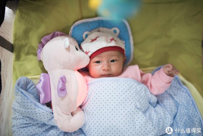 能让宝宝快速入睡的费雪声光安抚小海马
