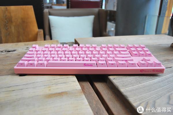 TOM带你玩外设 篇三十九:性价比粉色87键 AKKO & DUCKY 3087粉色机械键盘