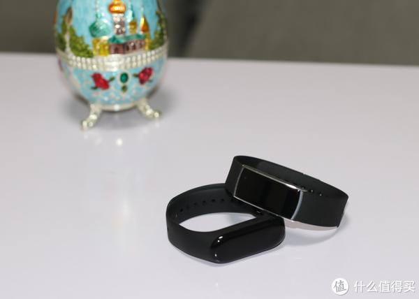 埃微蛋卷彩屏手环对比小米手环3,你喜欢哪一款?