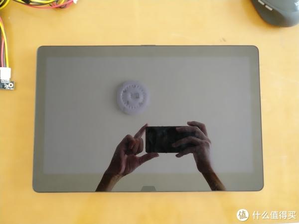13寸的屏幕,带触摸手写,超薄