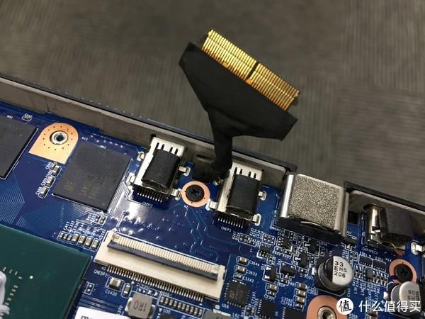 巨炮快评! 篇二十二:改装144Hz电竞屏!机械革命Z2游戏本升级记