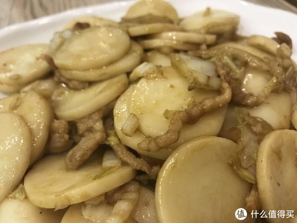 皮脆、肉嫩,味鲜,这道艳压四方的白斩鸡只有老上海人才懂—小绍兴探店
