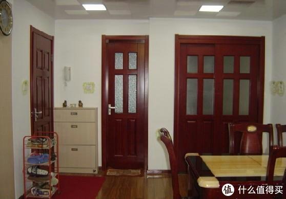 房门颜色选白的还是红的好?很多人都选错了,难怪总被人笑话