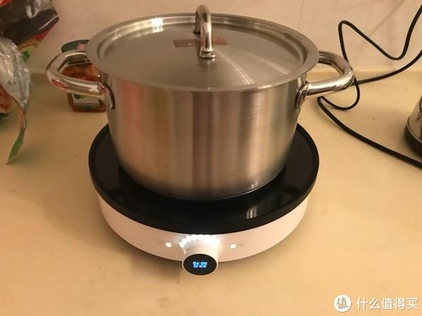 随后再说说这个锅好了。