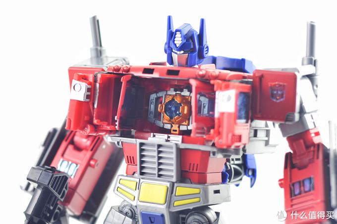 这可能是除MP以外最有必要入手的擎天柱玩具—HASBRO 孩之宝 天元之力 擎天柱玩评