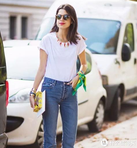 做好穿搭加减法,告别白T恤的路人感