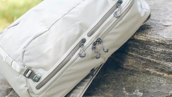 美国LIFEPROOF GOA 户外背包使用体验(颜色|容量|分区|背负|防水)