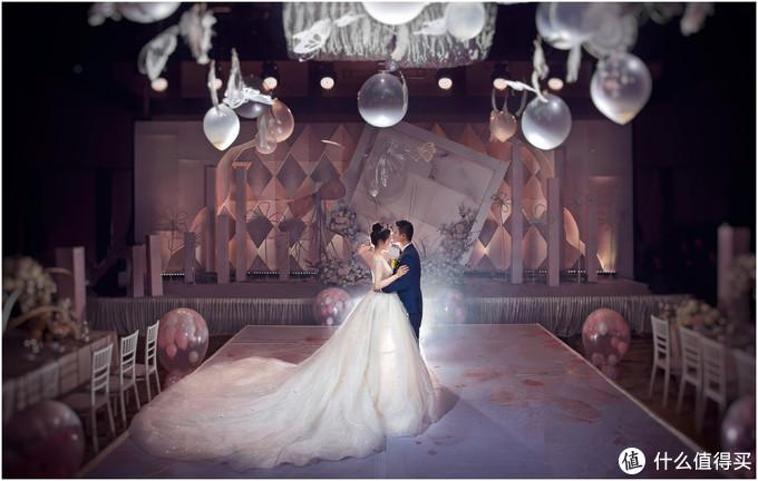 如何留住珍贵瞬间?来看看婚礼跟拍里有什么器材值得买吧!