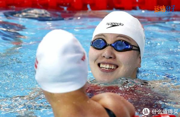 都是游泳眼镜,为什么不建议一般人戴比赛/竞速泳镜?