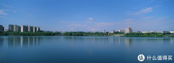 昌吉滨湖河中央公园 Xpan 45mm + RVP50 (后续宽幅照片皆为Xpan拍摄,不再赘述)