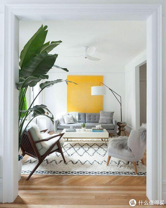 一字沙发+椅子