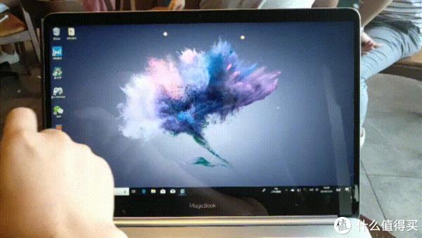 荣耀MagicBook触屏版上手:超高性价比,这是要革谁的命?