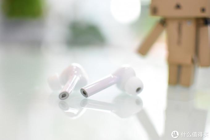 佩戴牢固  音质尚可——华为FreeBuds无线耳机