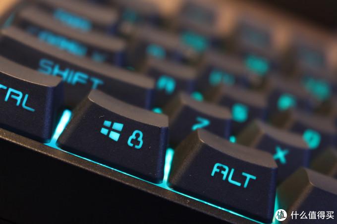 游戏和RGB键盘更配——酷冷至尊CK372游戏机械键盘评测
