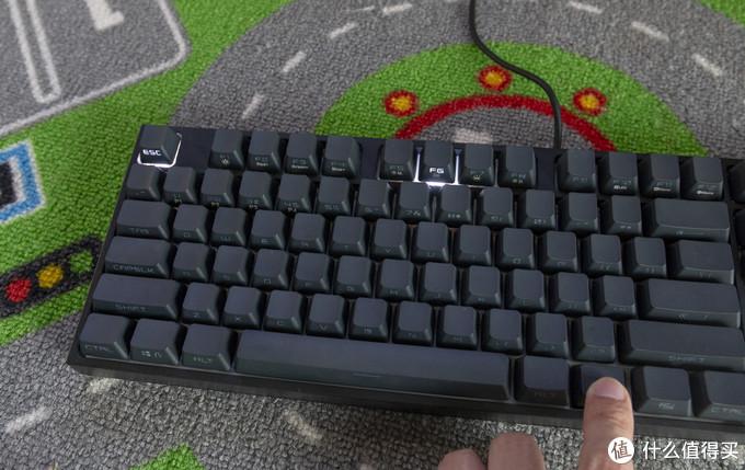无字成诗,只因璀璨灯光—酷冷至尊CK372侧刻RGB机械键盘众测报告