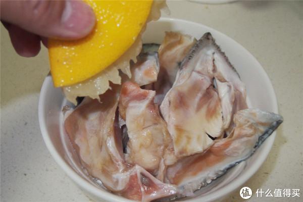 据说是网红的柠檬鸡爪和盐烤三文鱼头?其实很好做!