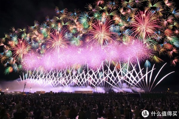 """去日本看一场最美的""""夏之风物诗""""——2018日本花火大会时间表及酒店推荐"""