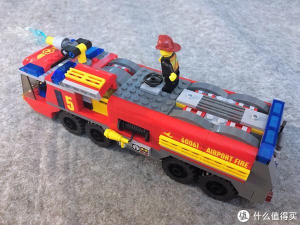 乐高小小追绝日记 篇三:LEGO 乐高 60061 机场消防车