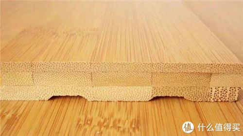家里铺实木地板真是太土了,现在流行铺这种材料,冬暖夏凉!