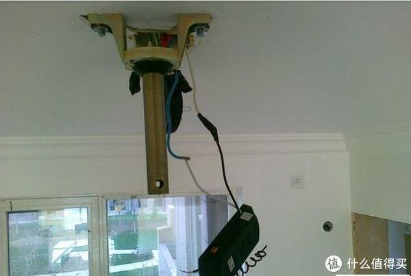 装修好物推荐 篇七:夏天用吊扇,噪音大还不安全,现在都用无叶片吊扇,好处太多了!