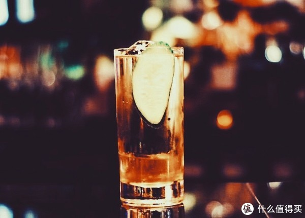 谁说夏天不能畅饮威士忌?8款清清凉凉的威士忌调酒配方了解一下?