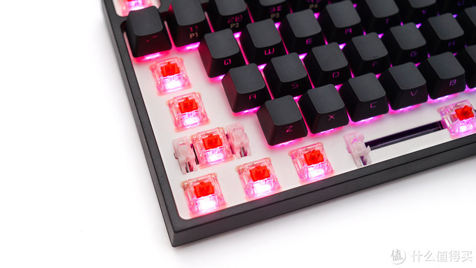 机械键盘也要走在时尚尖端?纯黑极简中的一抹骚红——酷冷至尊CK372测评