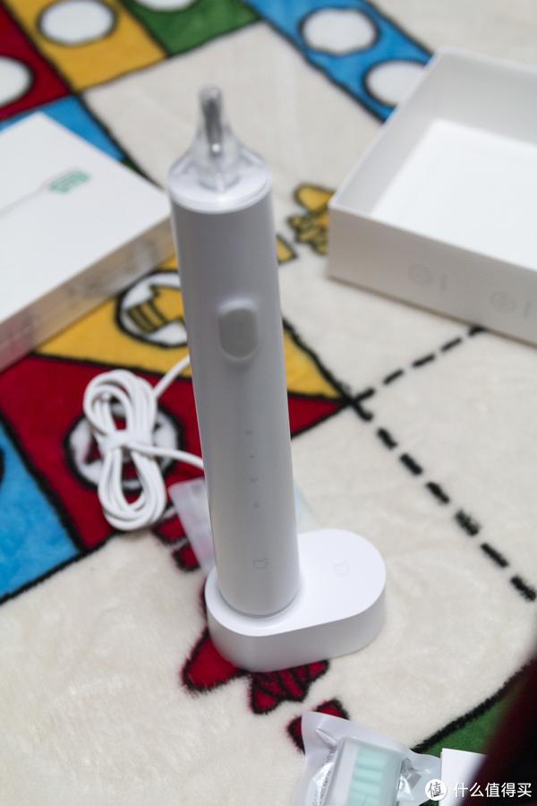 除了手机和无人机,米家杂货铺还是不错的—米家电动牙刷开箱&欧可林电动牙刷简单对比