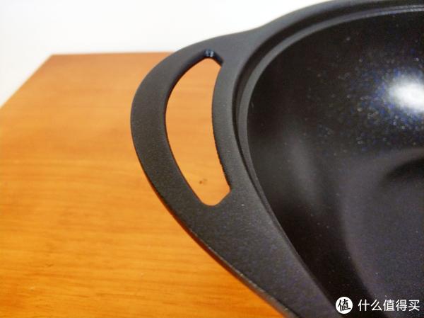 黑暗料理达人的锅具—京造 轻量压铸 32CM 不沾炒锅开箱