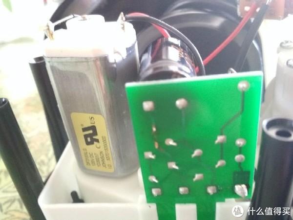 美版洁碧冲牙器wp-112接错电源后的维修