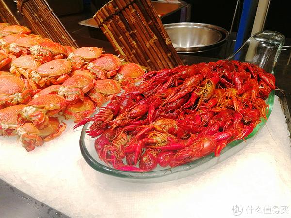 寻找最好吃的小龙虾—挑虾、洗虾、比较麻辣小龙虾调味包