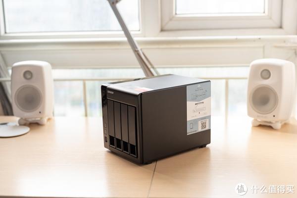 SOHO及小型工作室的数据中心 QNAP 威联通 TS-451 + 8G