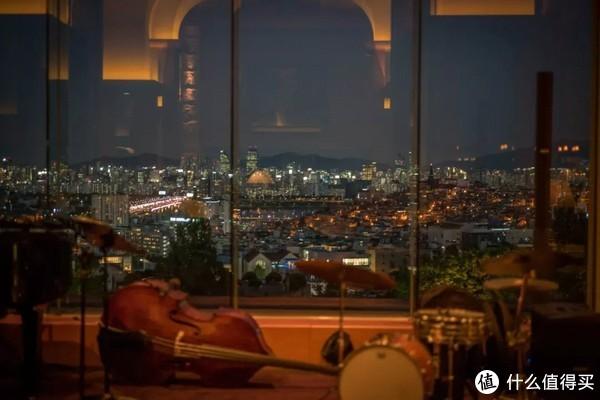 旅行其实很简单 篇四十九:百万夜景,竟私藏在这间比我年纪还大的酒店里!