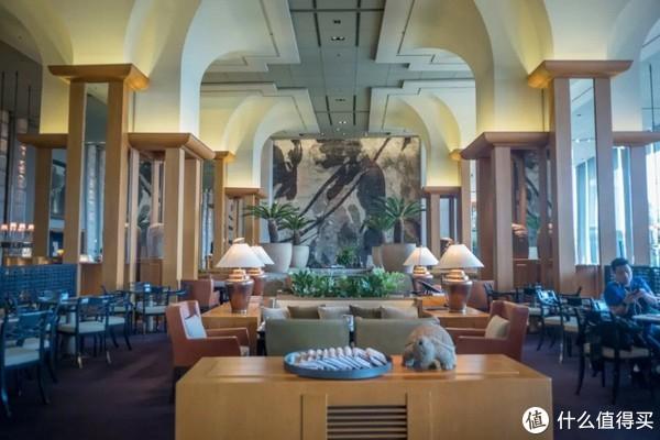 百万夜景,竟私藏在这间比我年纪还大的酒店里!