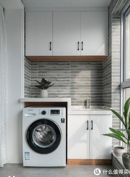 原来洗衣机砌个地台这么实用,排水都不用插地漏