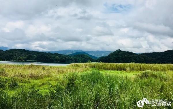 ▲龙摩爷圣地就藏在这片龙潭湿地周围的雨林中
