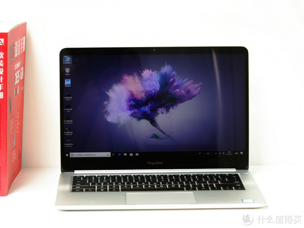 酷玩科技:第一款互联网触屏超极本荣耀MagicBook上手体验!