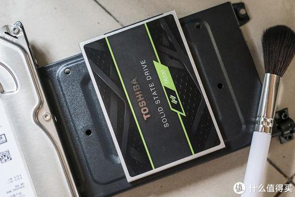 不止是快,还更轻薄—Toshiba 东芝 TR200 固态硬盘测评