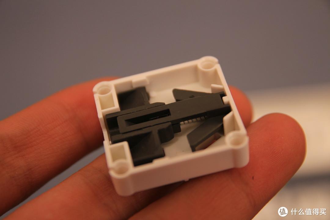 实用之选——飞雕小飞USB排插拆解评测