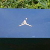 Nike AIR JORDAN 1 情人节限定版高帮篮球开箱晒物(鞋撑|鞋标|鞋跟)