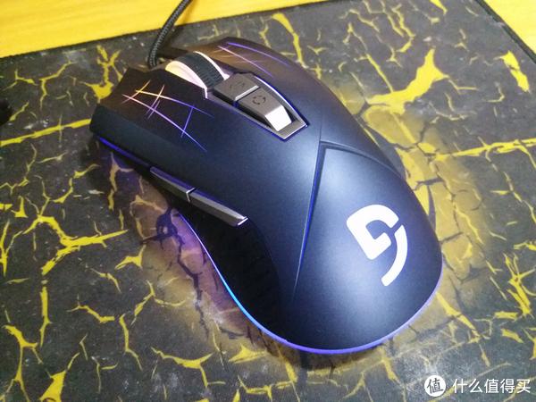 鼠标 篇一:告别伪游戏鼠标,入手富勒G93 PRO开箱&使用感受