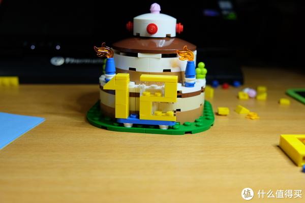 乐高迷生日礼物的不二之选——40153生日蛋糕