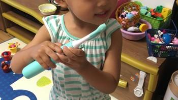 宝宝爱刷牙——素士儿童声波牙刷评测