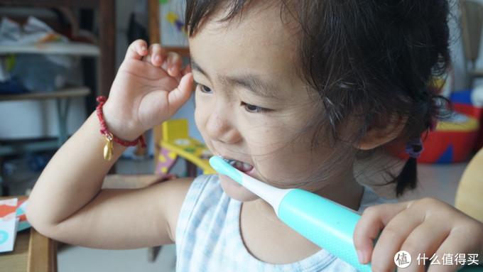 保护牙齿要从小开始,素士儿童声波电动牙刷 C1可以来帮你