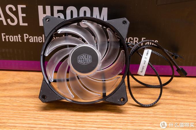 7个ARGB风扇灯光同步、四面钢化玻璃、2全高显卡槽位塞满 这就是酷冷至尊H500M ARGB游戏机箱的能耐