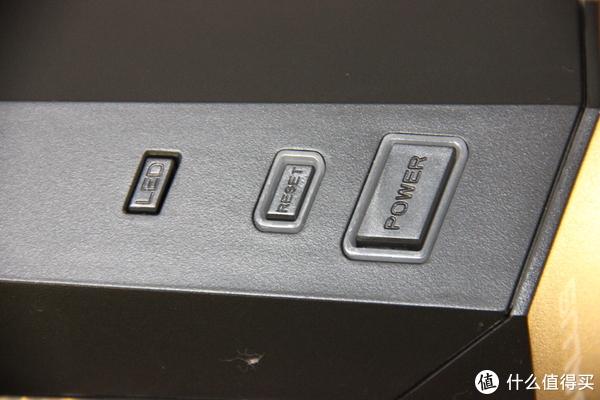 亲民价格的光污染机箱—BUBALUS 大水牛 潘神 PRO 幻彩机箱开箱