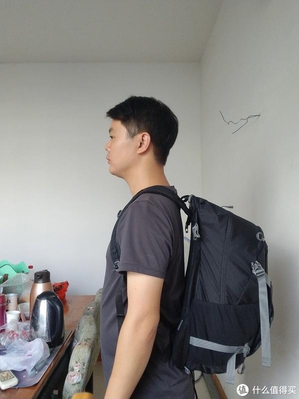 Osprey Hikelite 骇客 26L 单日旅行背包 测评