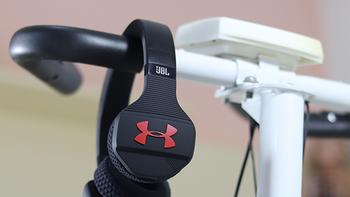 JBL竟实现了我年少时的想法 - JBL UA TRAIN 联名款头戴式无线蓝牙运动耳机体验