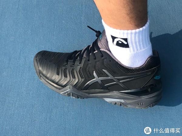 听说一试就会摒弃其他品牌的网球鞋 Asics Resolution7