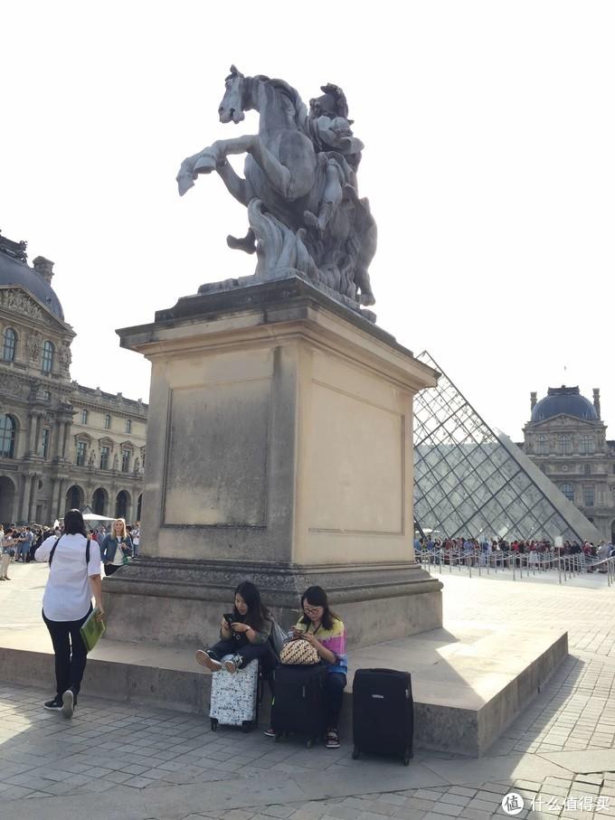 巴黎—或许有人在新桥等你